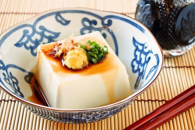 【豆腐の由来て何?】大豆から作る本格豆腐の簡単レシピを動画で解説。