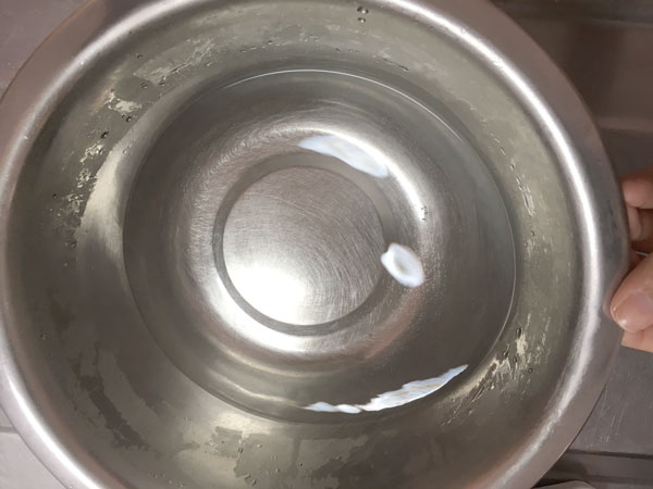 強力粉で簡単お菓子【炊飯器】で作る巨大カステラのおやつ3