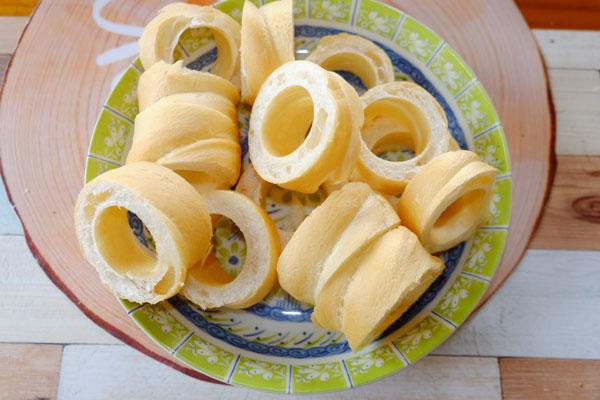 お麩のデザートレシピ『(麩)麩レンチトース』キャラメルVS黒蜜2