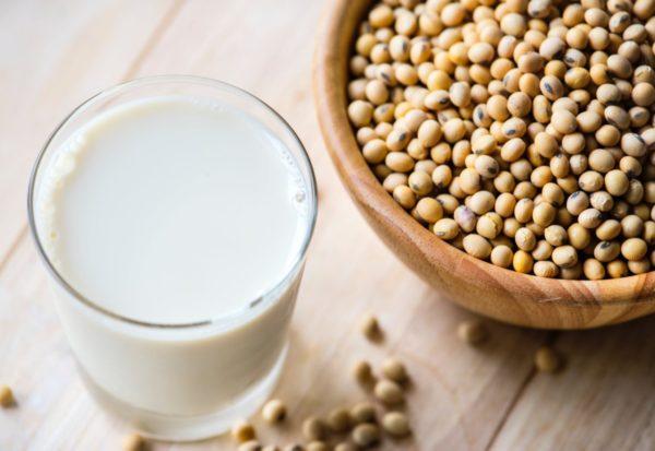 無調整豆乳・調製豆乳・豆乳飲料の違いは何?